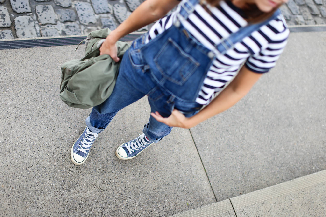 Style Latzhose Outfit