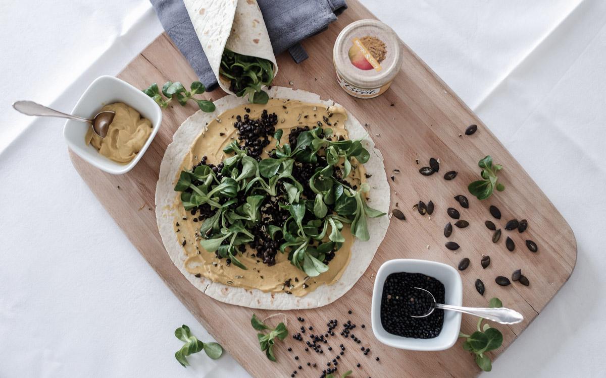 #food | vegane Wraps mit schwarzen Linsen.