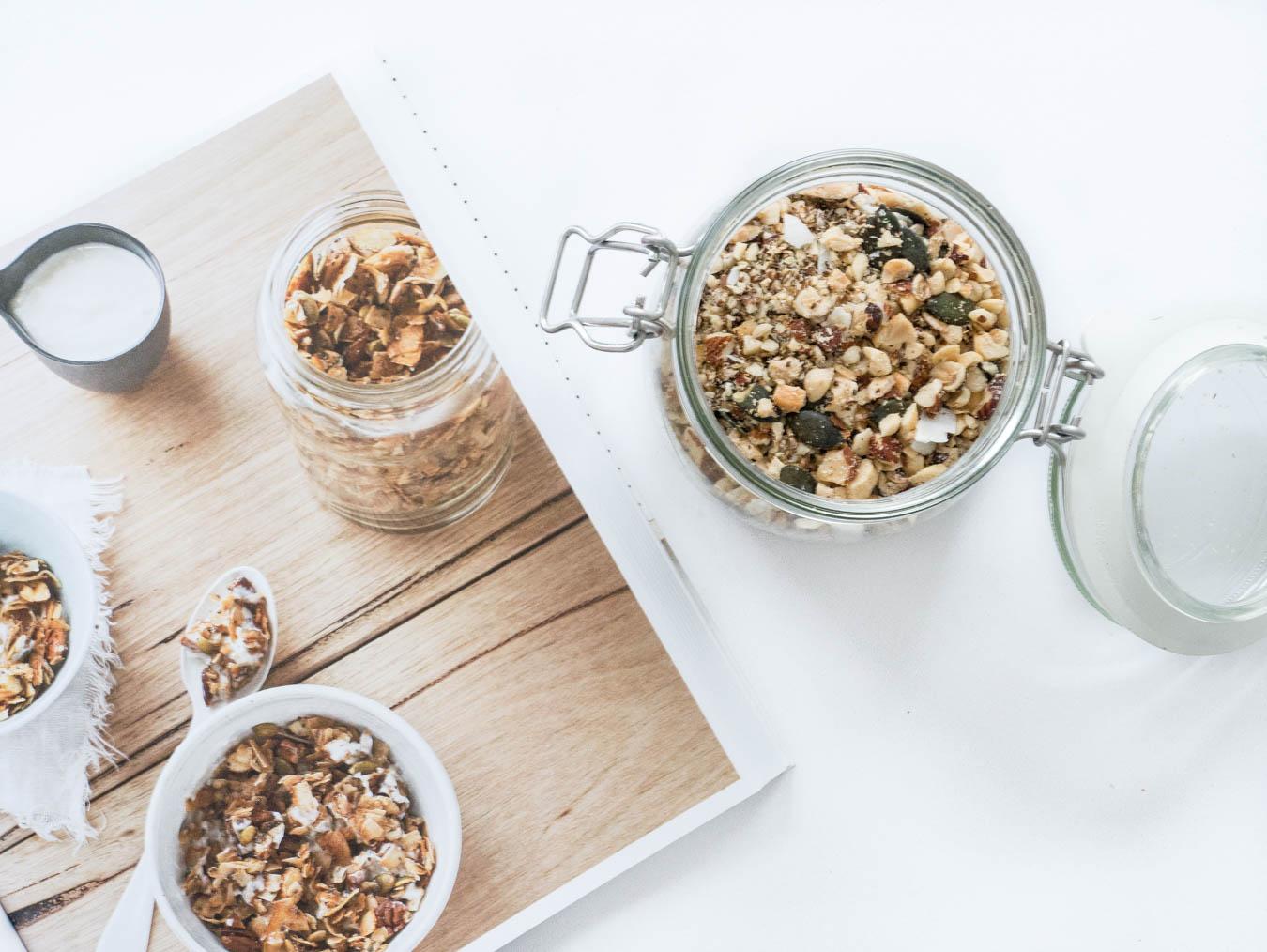 Rezept Granola Kokos Müsli ohne Zucker