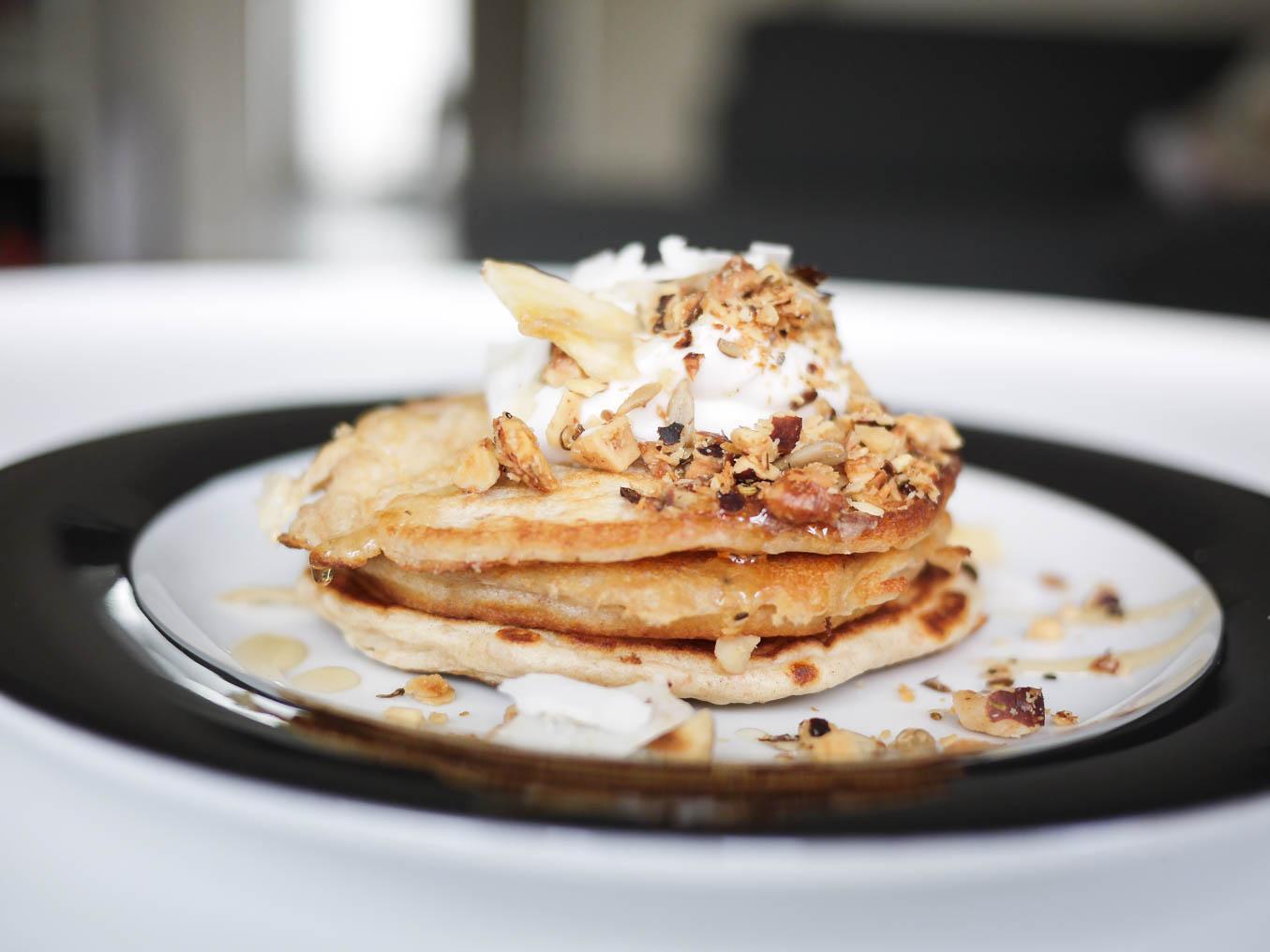 gesunde Pancakes mit Nüssen