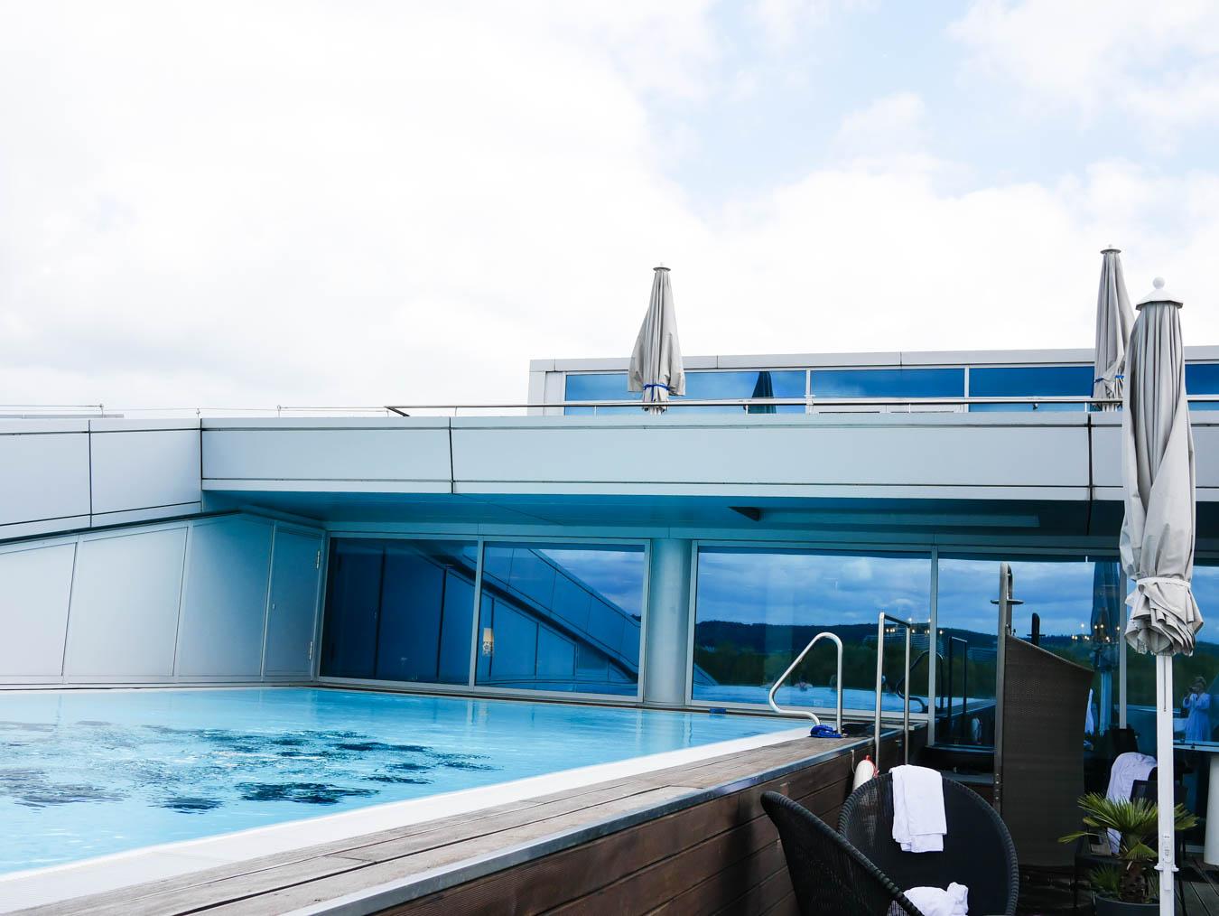 Test Kameha Grand Hotel - Pool und Spa