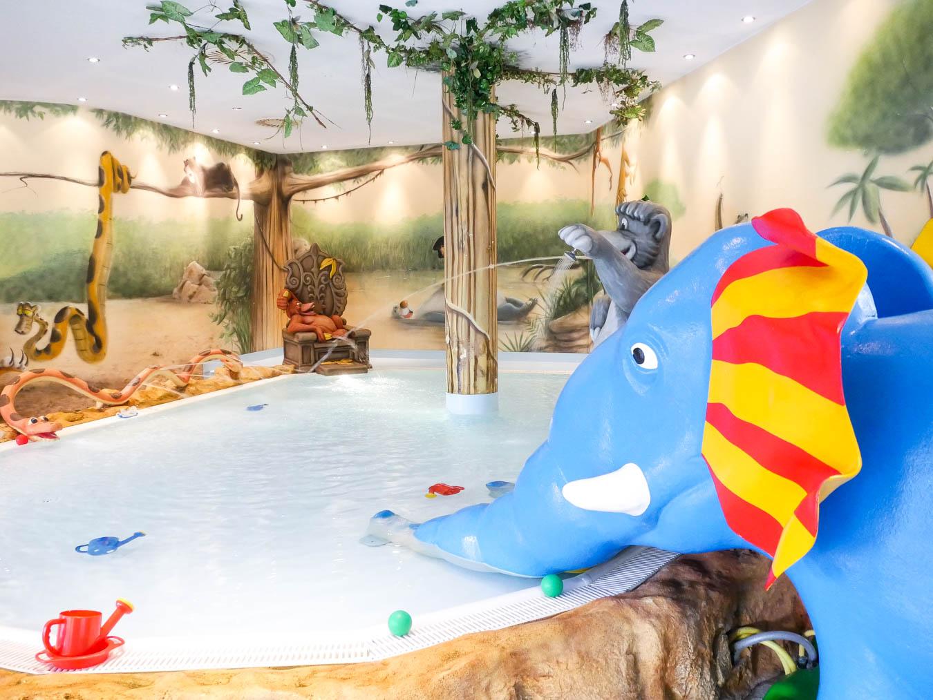 Hoteltest: Schwimmbereich Kinderhotel Post.