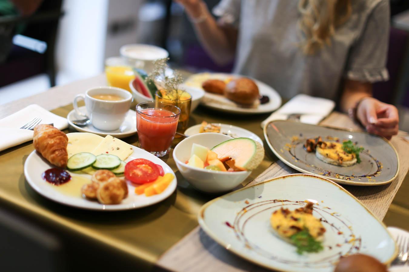 Hoteltest - regionales Frühstück Indigo Hotel