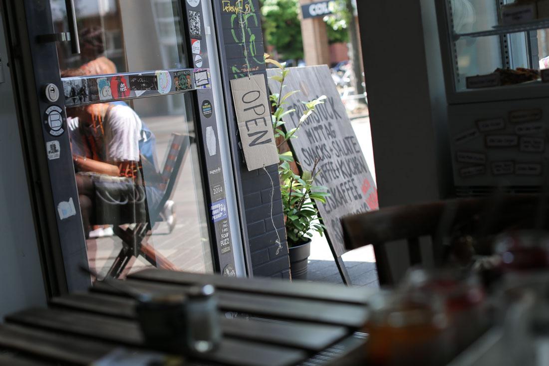 Café Rotkehlchen Köln.