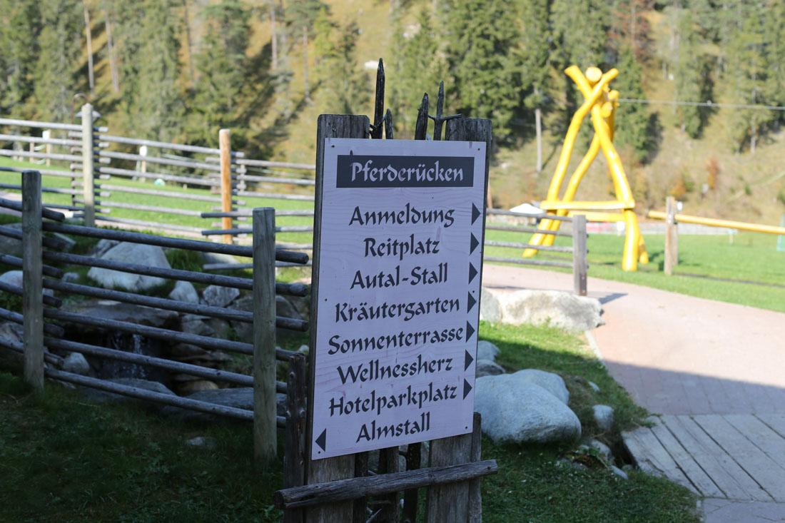 Reitstall im Familienparadies Sporthotel Achensee