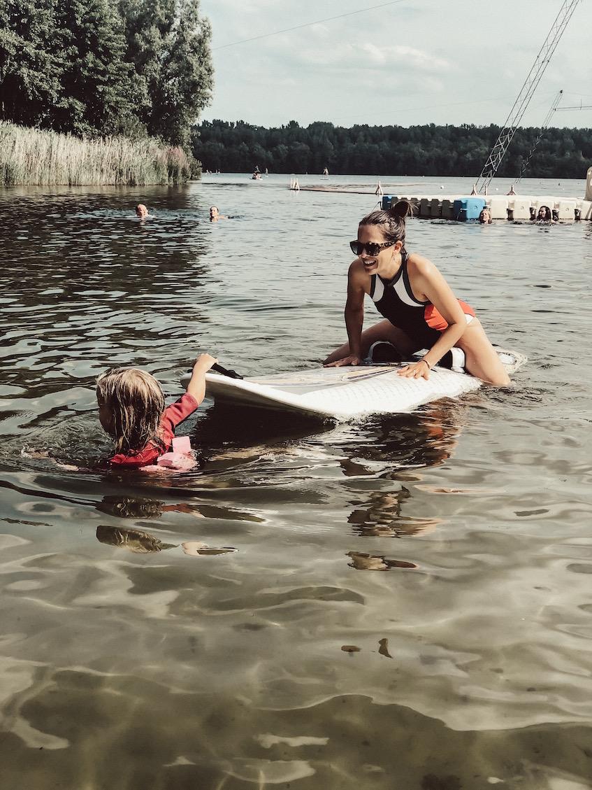 #Köln | Stand Up paddling am Bleibtreusee mit Kindern.